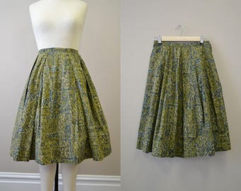 1950s Lady Manhattan Green Batik Skirt