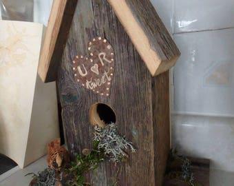Adorable Barnboard Birdhouse - U R tweet on rusty heart - long fencing nail for perch