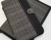 Deluxe Spill Proof Needlecase in Plaid Suiting, for tips, circs and short dpns