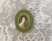 green felt portrait brooch - portrait cameo brooch - green pin broach - green brooch with lady portrait - green victorian style brooch