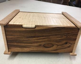 Handcrafted Mesquite & Figured Maple Jewelry/Keepsake Box