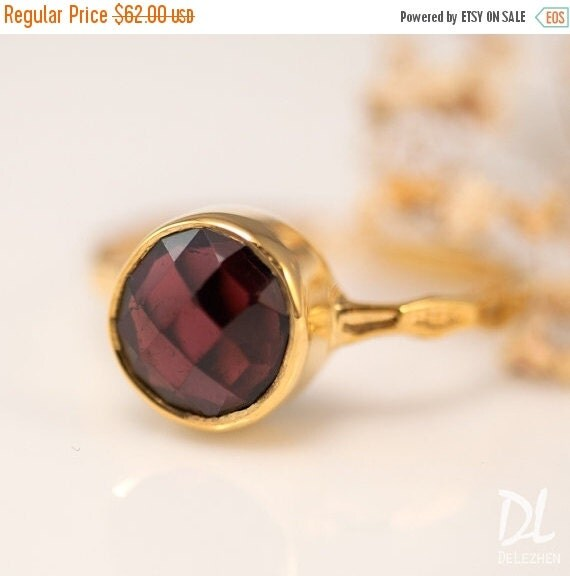 HOLIDAY SALE - Gold Garnet Ring - January Birthstone Ring - Solitaire Ring - Gemstone Ring - Stackable Stone Ring - Gold Ring - Round Ring