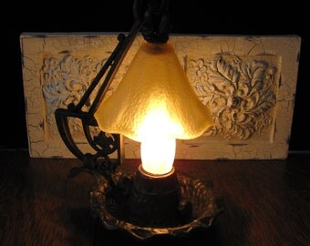 Vintage Arts and Crafts Night-Table Lamp FREE SHIPPING to the USA