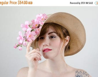 25% OFF SALE / 1970s vintage hat / wide brim straw hat with flowers / Mr. John