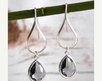 Silver Charcoal Drop Earrings.  Charcoal Grey Teardrop Drop Earrings.  Gift for Her.  Dangle Earrings. Modern Drop Earrings. Christmas Gift.