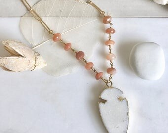 Gemstone Slice Necklace. White Arrowhead Pendant Necklace. Peach White Jewelry. Layering Necklace. Gift. Slice Geode Long Necklace.