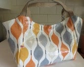 SALE  Large Bella Bag Made With Peaches & Cream Oilcloth