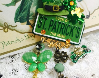 St PADDY's DAY Jewelry - Luck of the IRISH -  License Plate Shamrock Brooch