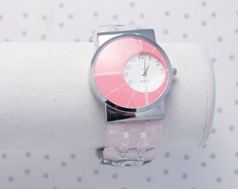 Montre bracelet en verre fusionné rose pâle, noire et grise