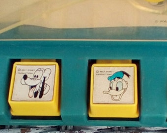 1978  Disneys' Dunkers Basketball Pin Ball Style Game.  Walt Disney Productions.  Durham Industries.  Made in Hong Kong.    Y-292