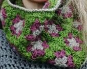 Pure Wool Crochet Cowl British Breed Crochet Neckwarmer Heather Green Grey Limestone Pavement Cowl Soft Luxurious Accessory Neck Warmer