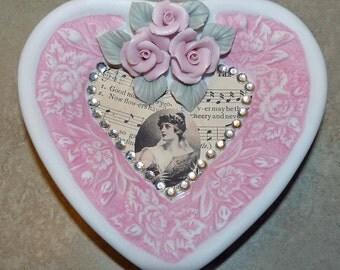Ceramic heart, pink heart wall hanging, wall art, home decor, vintage woman decor, wall decor, handmade, Mother's Day gift, housewarming