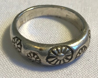 Sterling Silver Flower Ring-Size 7