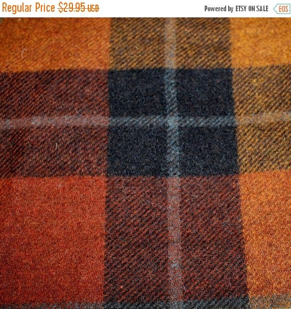 100% Shetland wool fabric,Apparel fabric,Plaid wool fabric,Wool coating fabric,Medium weight fabric,Dry clean only fabric,Fabric by the YAR