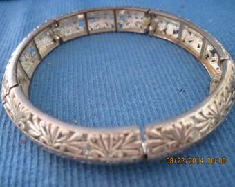 Vintage BEAUTIFUL Fancy Silver ART DECO Stretch Bangle Style Bracelet....#7463