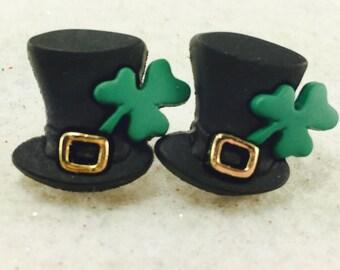 St. Patrick's Day Earrings, Green Clover Earrings, Saint Patrick's Day Earrings, St Pats Earrings, Leprechaun Earrings, Green Leaf Clover