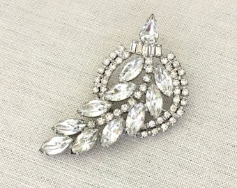 Clear Rhinestone Brooch Wedding Jewelry - Vintage Rhinestone Bridal Brooch - Statement Brooch - Vintage Brooch Gift for Women Bridal Jewelry