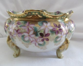 Hand Painted Nippon Maple Leaf Mark Footed Gilt Bowl