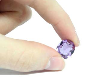 Amethyst Faceted Stone, 12x10