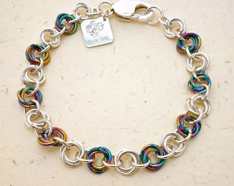 Anodised Niobium and Sterling Silver Chainmaille Bracelet. Fully Hallmarked. Hand Woven in Mobius Ball Weave.