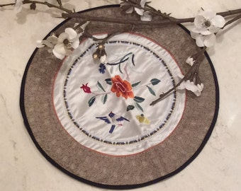Vintage Chinese Embroidered Satin Doily,  Vintage Linens, Vintage Embroidery