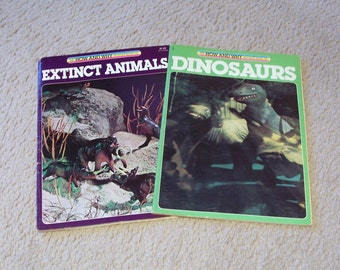 How and Why Wonder Books - Dinosaurs and Extinct Animals