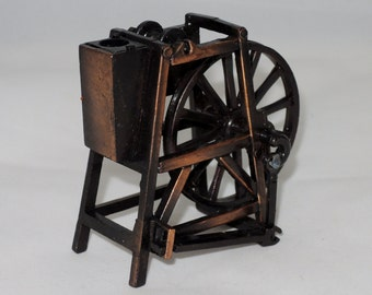 Miniature Metal Spinning Wheel Pencil Sharpener