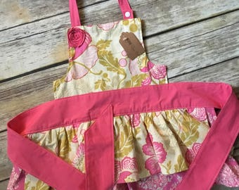 Girl Size 12mo-5T Apron in Fresh Poppies