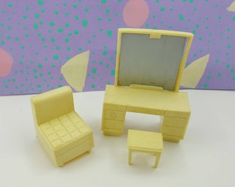 Eagle Toy Canada Vanity stool  chair  Bedroom Doll house furniture  Rare Creamy white