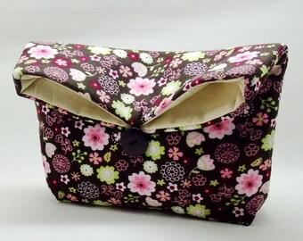 Foldover clutch, Fold over bag, clutch purse, evening clutch, wedding purse, bridesmaid gifts - Small flowers (Ref. FC16 )