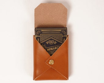 Playing card set with tan leather case | KING