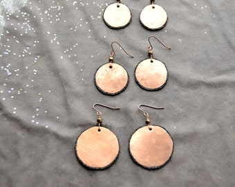 Mother Earth - hammered copper Earrings with black leather, 1 Pair select size