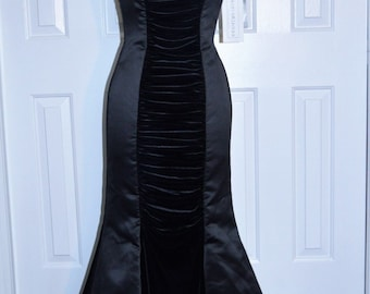 Formal Evening Gown by Scott McClintock, Size 8, Strapless, Black Fishtail, NWT