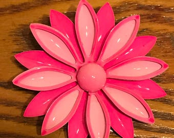 Think Pink! Vintage Pink Daisy Brooch