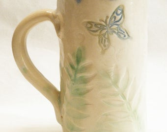 ceramic Butterfly coffee mug 20oz  stoneware 20D041