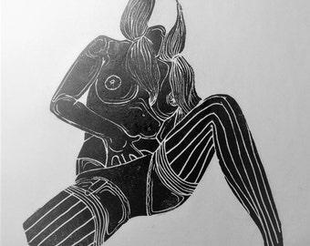 """inspiration erotique vintage linogravure imprimé à l'encre à l'huile  sur papier de riz"""" Doris """""""
