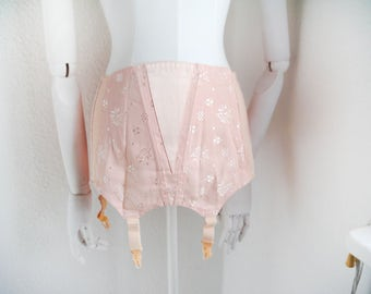 Vintage girdle by Triumph Powder pink Salmon coutil girdle from Germany 74 achat 28 retro Pin up Mid century 50s 60s lingerie corset