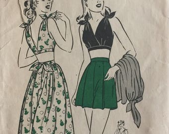 Vintage Sewing Pattern 40s Butterick #4136 Three Piece Playsuit Bra Top, Skirt and Shorts Pattern Size 12 Bust ©1947