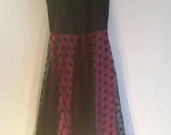 Stunning 1950s black lace and hot pink DRESS Uk 10-12
