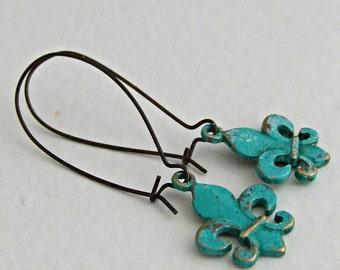 Fleur de Lis Earrings .. patina earrings, rustic, French, lily, long earrings