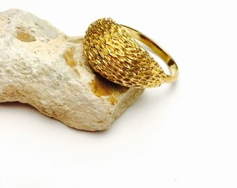 Gold Tone Chunky Ring, Adjustable Size, Vintage Solid Retro Design, Clearance Sale, Item No. B045