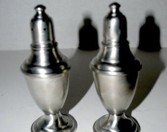 blizzard sale Pewter salt and pepper shakers International Pewter co