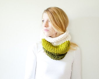 WINTER SALE the SOLOMON cowl - knit cowl scarf chunky scarf - color block - cilantro / lemongrass / fisherman
