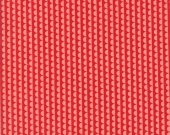 Bonnie and Camille - Basics - Ruby Scallop in Ruby Pink - 55037-41 - 1/2 Yard