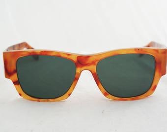Sunglasses - Vintage 70s brown tortoise shell square frame glasses