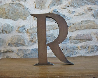 Large metal letter R - French store sign letter R - vintage marquee letter