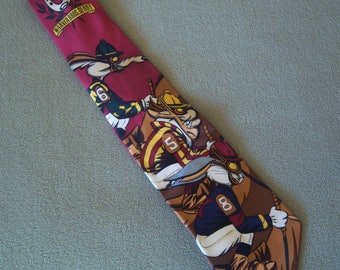 Vintage Looney Tune Necktie, Warner Bros. Derby, Bugs Bunny, Taz, Wile Coyote, 100% Silk, 1993 Made in Korea ( Hand Made ), Gift Item