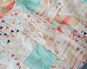 HURRY PRESIDENTS DAY Sale Crib Quilt - Baby Quilt - Toddker Quilt - Modern Crib Quilt - Baby Comforter - Mint Quilt