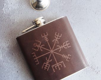 Vegvísir Leather flask, personalised rune hip flask, Icelandic Stave hip flask, Hand Engraved, personalised viking rune custom wedding gift
