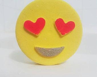 Emoji heart bath bomb